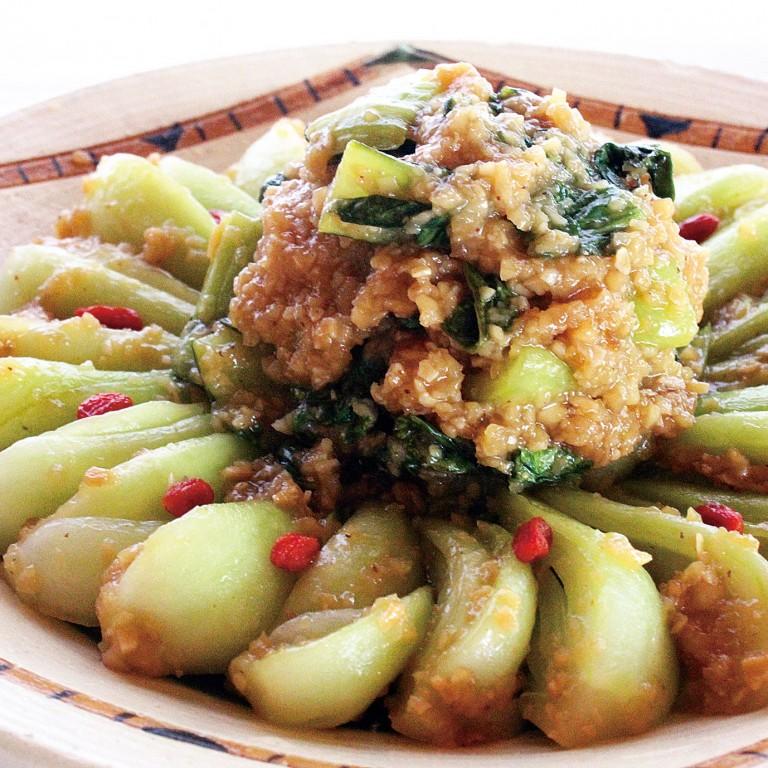 チンゲン菜のガーリック蓮根和え (1)